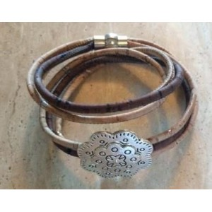 Heidi Embossed Flower Bracelet Natural